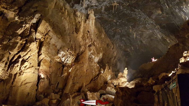 A room of the Vallorbe caves.