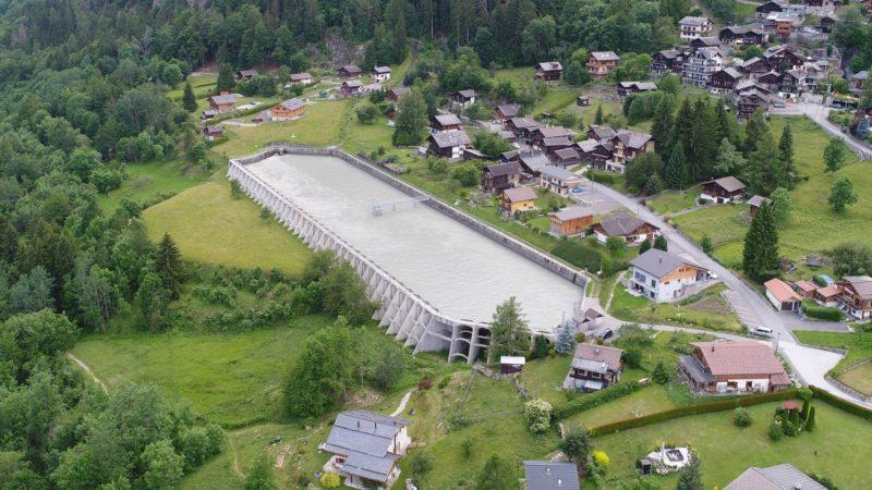 Le bassin des Marécottes dans le complexe hydroélectrique du barrage d'Emosson