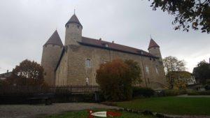 Le château de Bulle similaire à celui du Château d'Yverdon