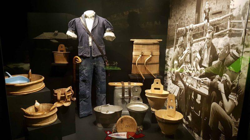 Le musée gruérien présente la riche histoire et culture de la Gruyère.