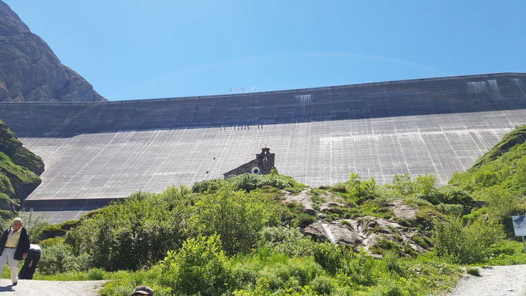 Le barrage de Mauvoisin est avec le barrage de la Grande Dixence le plus haut de Suisse