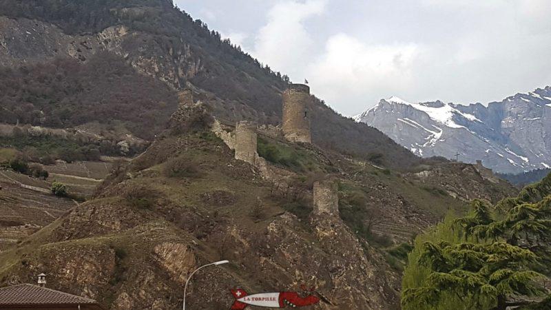 Les ruines du château de Saillon