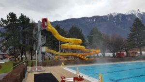 From slides and paddling pool for children to the thermal baths of Saillon
