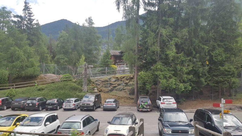 le parking du zoo et piscine des marécottes