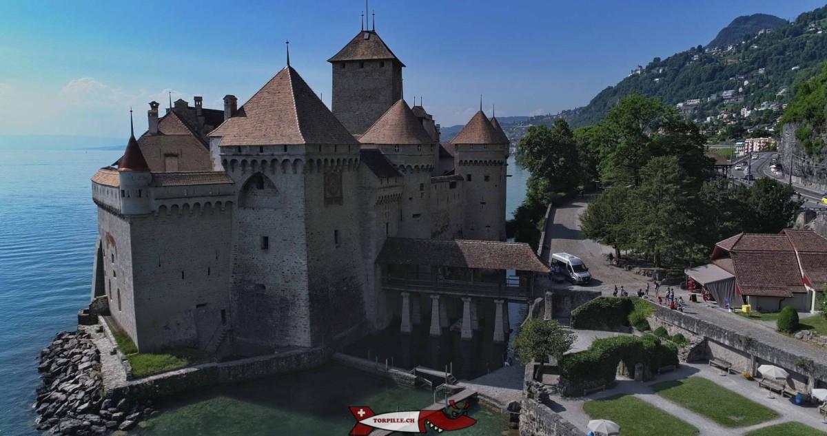 Le château de Chillon est le plus beau château fort de Suisse.