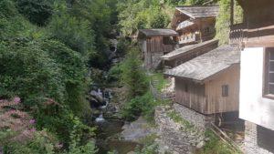 les vieux moulins des la Tine en Valais - moulins de saint-luc