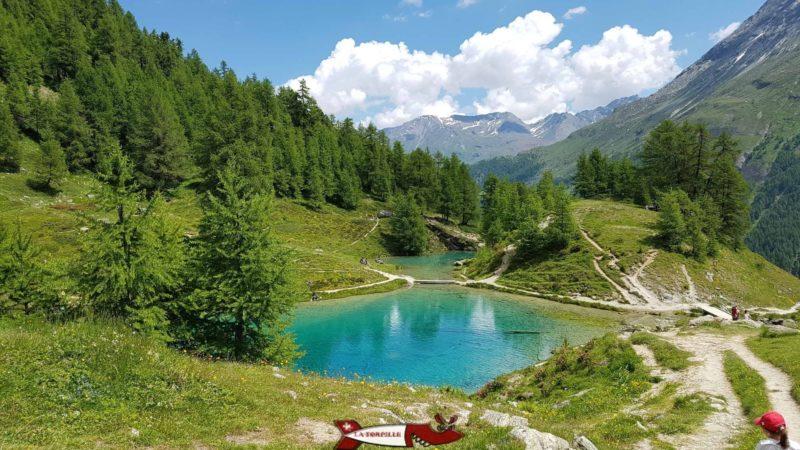 The blue lake of Arolla.