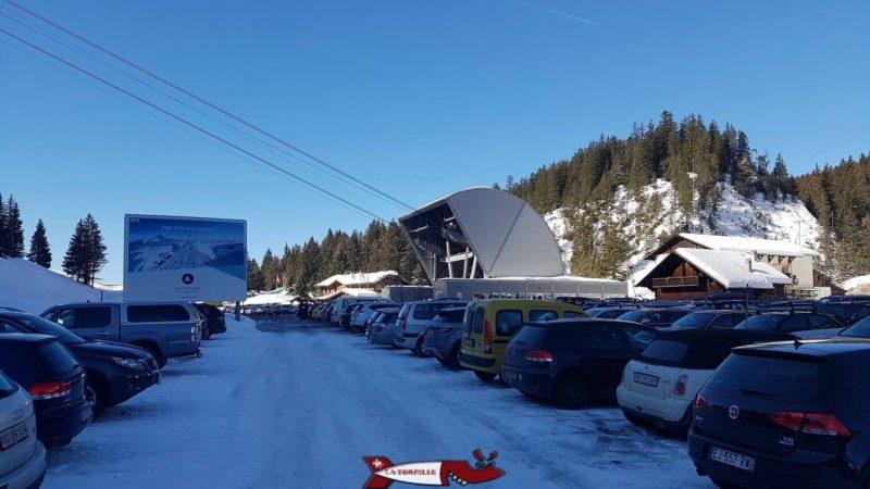 parking téléphérique glacier 3000