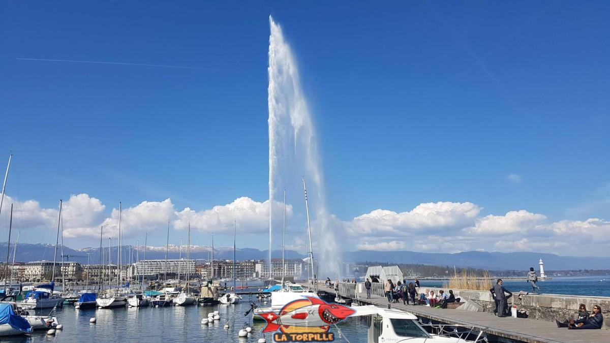 Le Jet d'eau de Genève.