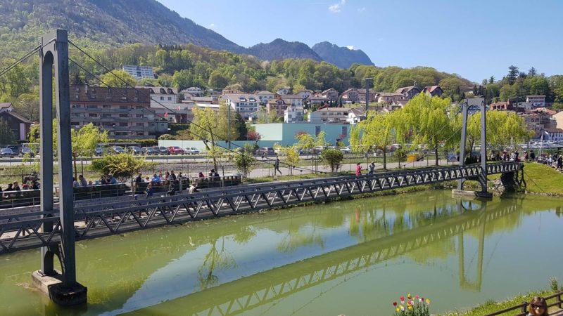 joli pont au Swiss Vapeur Parc