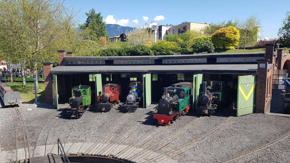 La gare des locomotives au Swiss Vapeur Parc