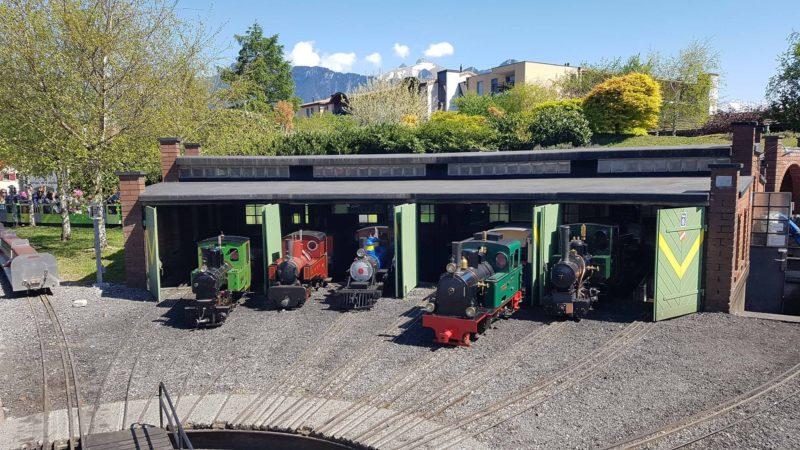 Le dépôt des locomotives à vapeur à swiss vapeur parc