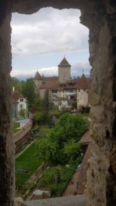 le château de morat dans la vielle ville de morat