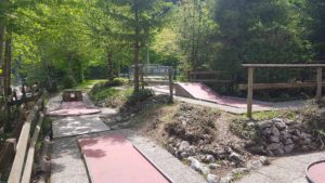 Minigolf near the summer toboggan run at Moléson - Moléson leisure park