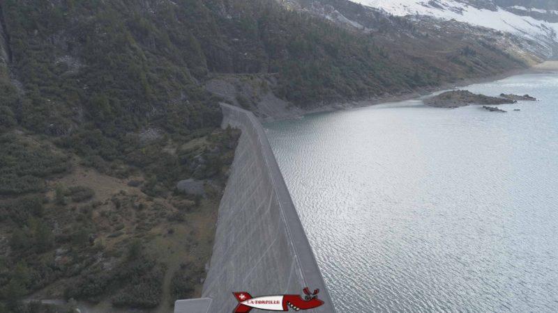 Le barrage de Salanfe de type poids