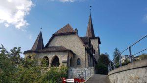 L'église proche de la gare d'arrivée du funiculaire territet-glion