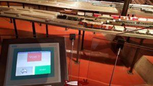 Maquette de train miniature avec commande des trains au musée du fer et du chemin de fer à Vallorbe