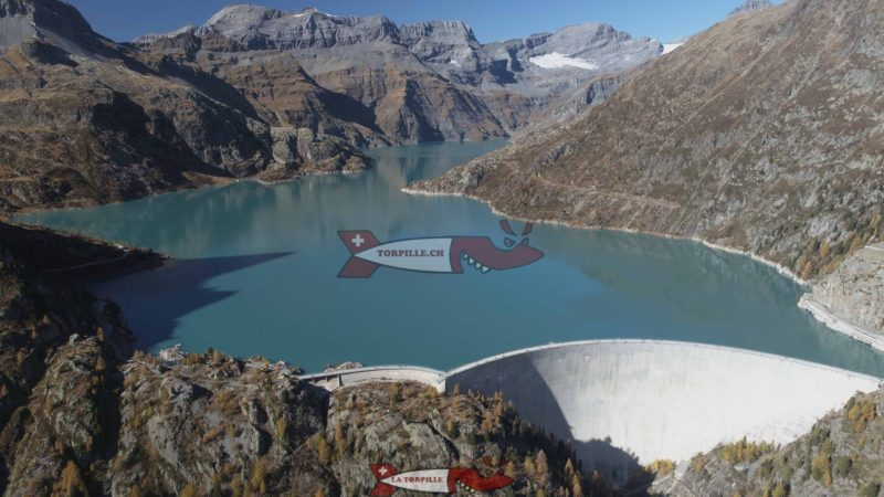 Le barrage d'Emosson vu d'un drone