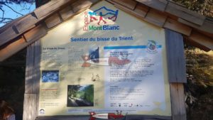 Road sign on the Trient bisse at the Col de la Forclaz.