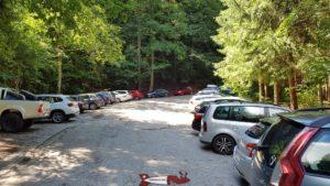 Le parking menant aux gorges de la Jogne