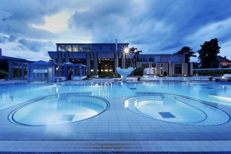 The Jacuzzis in the second outdoor pool. yverdon thermal baths