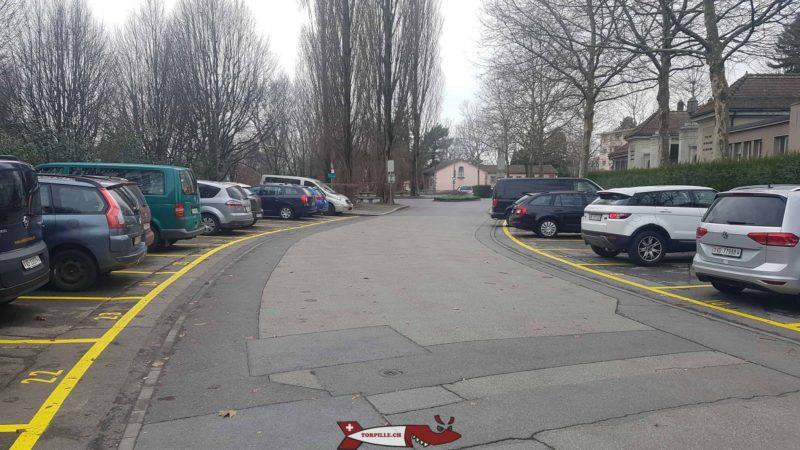 le parking de l'espace des inventions