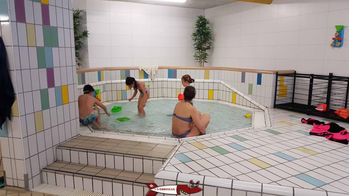 Les bains d'Ovronnaz sont les seuls à offir un petit bassin pour les bébés.