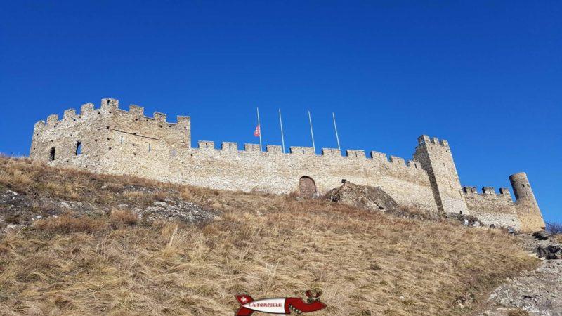 Le châteaux de Tourbillon au proche du château de la Majorie