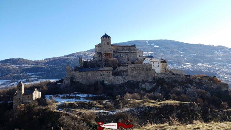Le châteaux de Valère au proche du château de la Majorie