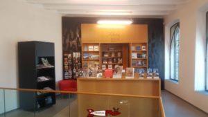 La réception et boutique du musée d'histoire du valais