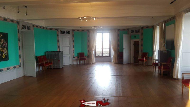 salle de réception au musée historique et des porcelaines dans le château de nyon