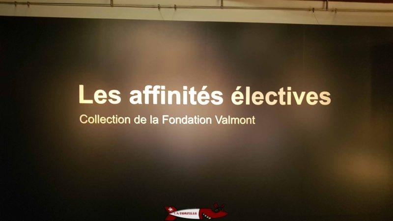 Objets exposés d'une exposition temporaire au rez du musée historique et des porcelaines de nyon