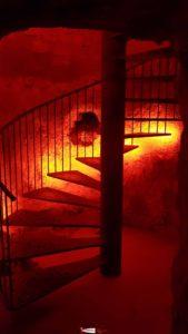 les escaliers du donjon du château d'orbe