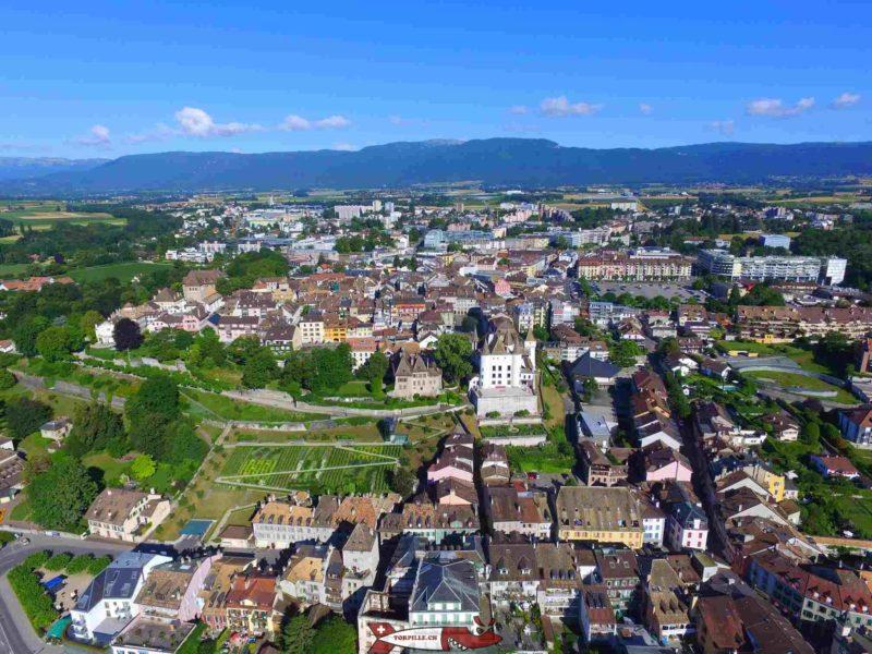 Photo aérienne du château de Nyon