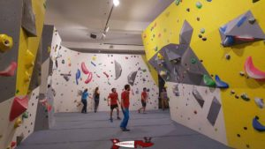 A bouldering area for teenagers and adults - Totem Climbing Vevey