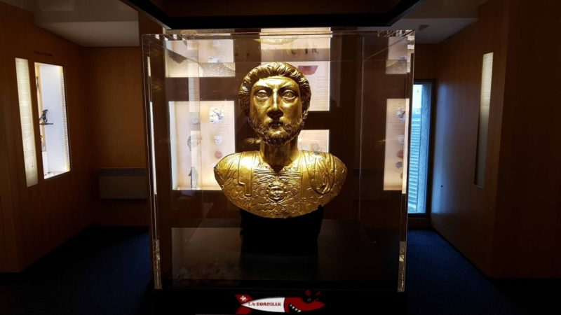 The replica of the bust of Emperor Marcus Aurelius at the Roman Museum in Avenches.