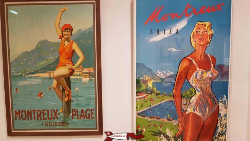 """Des affiches publicitaires des années 1930 lors de l'exposition """"Plouf"""" pour promouvoir la baignade dans le Léman au musée du léman"""