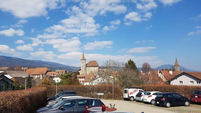 Le château de Boudry vu depuis le parking.