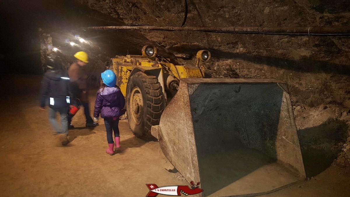 Un ancien bulldozer utilisé dans les mine au 20e siècle.
