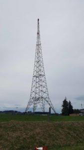 La tour émettrice de Sottens qui est mise en service en 1932 pour diffuser la radio et arrêtée en 2010.