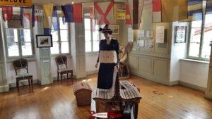 """Une salle de l'exposition """"Trotter, Voguer, Rouler... à Montreux"""" au musée de montreux"""