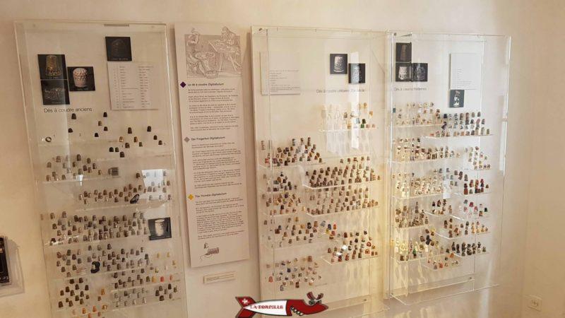 Des collections de dés à coudre au musée de montreux