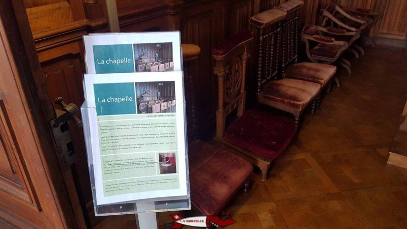 Une fiche d'information par rapport à une pièce du musée du château de Coppet