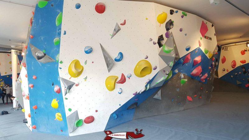 mur de grimpe à totem versoix