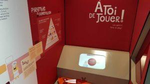 Borne interactive à la Fabrique Cornu à Champagne.