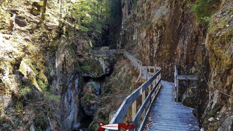 Les gorges Mystérieuses font partie des plus belles gorges de Suisse Romande
