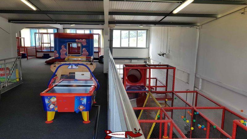 jeux de table pour les enfants de 2 à 4 ans au premier étage d'urba kids