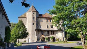 L'état déplorable des façades du château de Saint-Barthélemy.