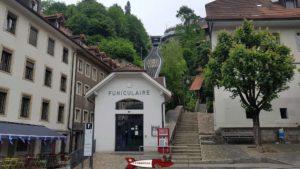 la gare de départ du funiculaire de Fribourg