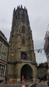 La tour de la cathédrale de fribourg